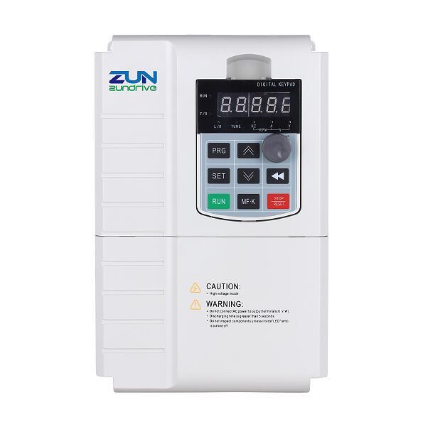 SG320 General Solar Pump Inverter For 3 Phase 220V Pumps